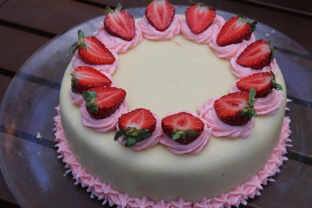 maasikamartsipanitort3